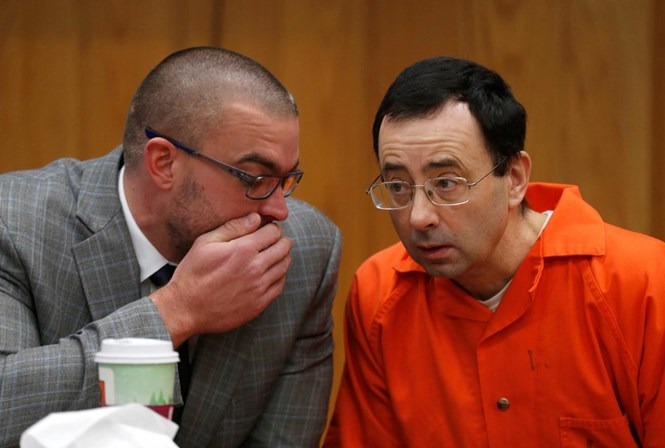 Larry Nassar condenado novamente de 40 a 125 anos de prisão