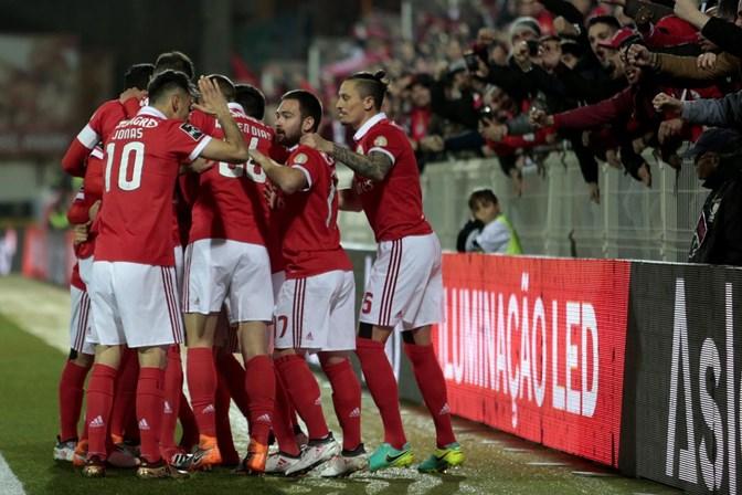 Cervi decisivo na vitória do Benfica sobre o Portimonense