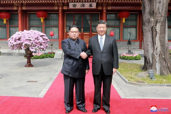 Líder norte-coreano faz viagem surpresa à China, diz imprensa