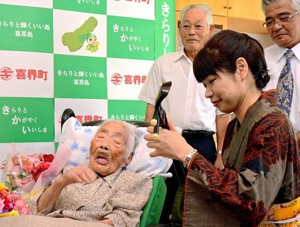 Aos 117 anos, morre a mulher mais velha do mundo