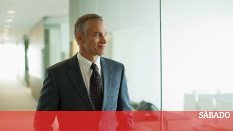 ef660ba77 Empresários e gestores 'chumbam' Orçamento para 2015 - Dinheiro - SÁBADO
