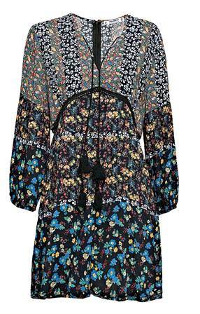 fb83bcf9ff O estilo dos anos 60 está de volta - Shopping - SÁBADO