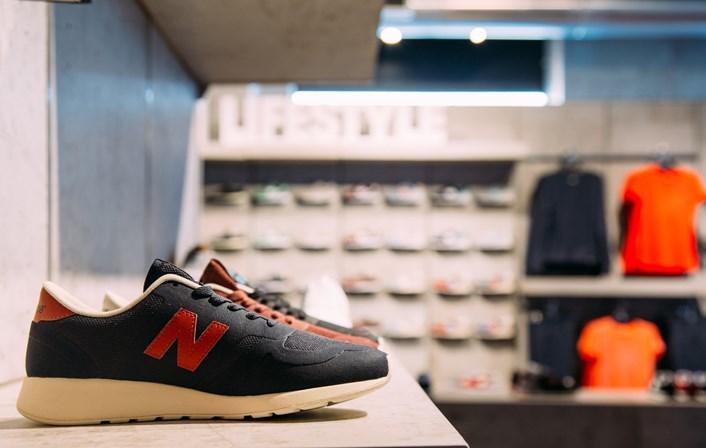 fdec75c4634 A New Balance chegou ao Porto - Shopping - SÁBADO