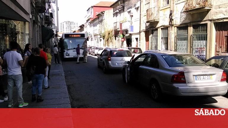 b8f05b145548b Braga investe €4 milhões para tirar o saquinho do lixo das ruas - Portugal  - SÁBADO
