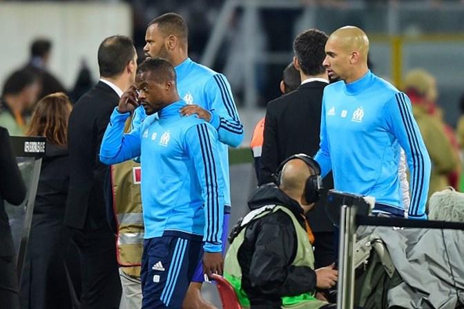 Evra quebra o silêncio depois de perder a cabeça em Guimarães ... 59d5e8364d336