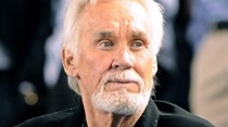 Morreu o cantor country Kenny Rogers